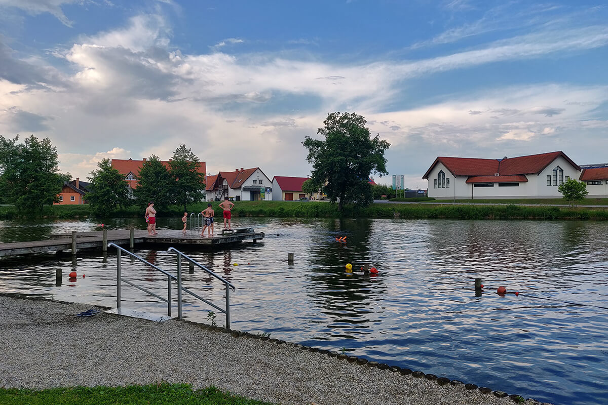 weinland-camping-gleinstaetten-badesee-2
