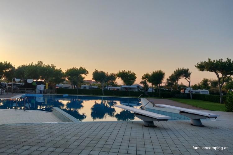 camping-miramare-sottomarina-chioggia-pool_10